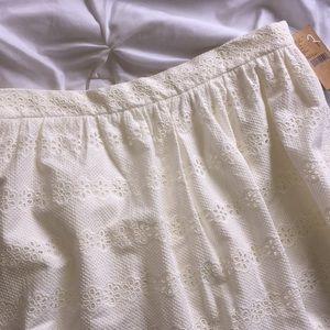 Cremieux Ivory Eyelet Skirt Sz 14 NWT   D26